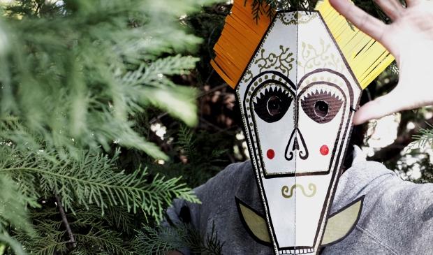 mascara-blanca-bosque-620
