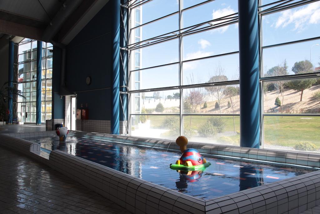 Gimnasios en alcobendas reforma interior de local en for Gimnasios madrid con piscina
